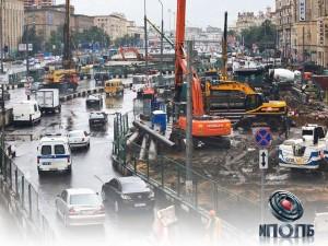 Специалисты Мосгосстройнадзора проверили более 300 объектов дорожно-транспортной инфраструктуры